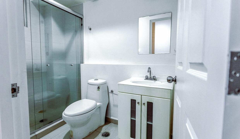 Baño cuarto principal